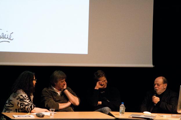 Débat avec de gauche à droite, Sarah Fouquet, Serge David, Thibaut Soulcié et Walther Fekl © Caroline Buisson