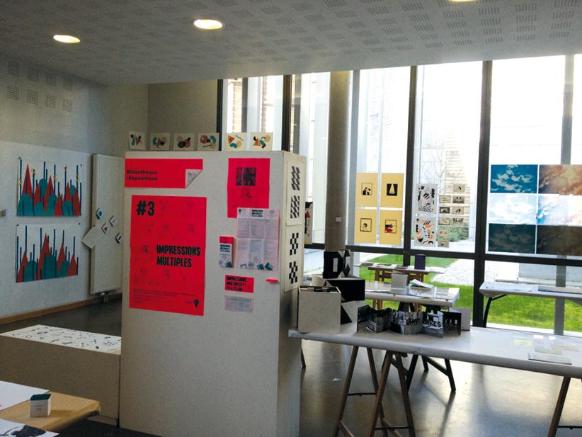 Vue de l'atelier troisième année design graphique