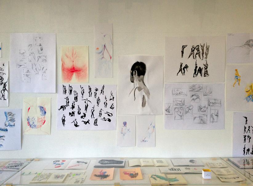 Cours de dessin encadré par Sarah Fouquet, deuxième année design graphique.