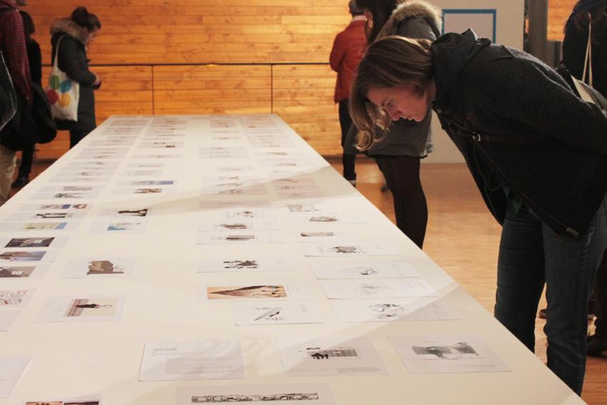 """Vue de l'exposition """"Cent Murs Sans Murs"""" © Claren Tran"""
