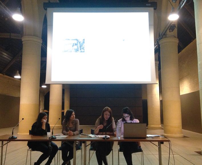 Présentation de Solène Falaise, Ophélie Divet, (UCBN, étudiantes au département d'études germaniques), Émeline Sauvaget et Loriane Bouhier (ésam, étudiantes du département design graphique)