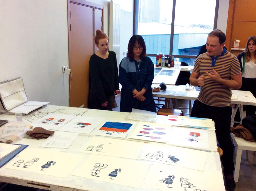 Présentation des travaux avec Renaud Perrin. Photo © Sarah Fouquet
